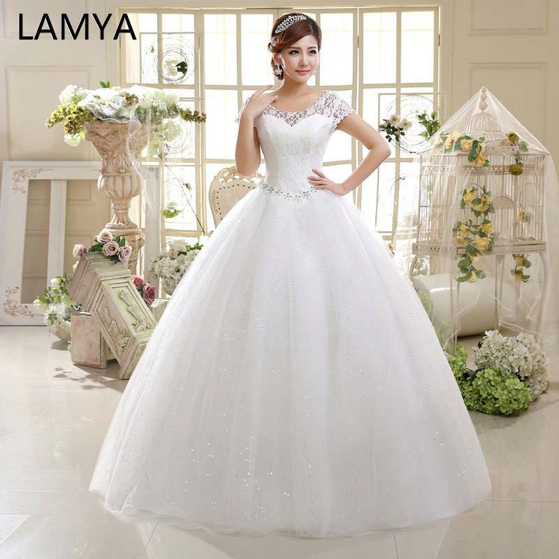 LAMYA Fashionable Wedding Dress Cheap Vintage Crystal Wedding Dresses 2019 Short Lace Sleeve Bride Gowns Vestidos De Noiva