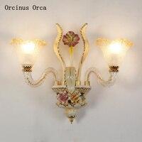 Europäischen luxus blume keramik wand lampe wohnzimmer flur nacht lampe Französisch moderne LED gemalt kristall wand lampe-in LED-Innenwandleuchten aus Licht & Beleuchtung bei