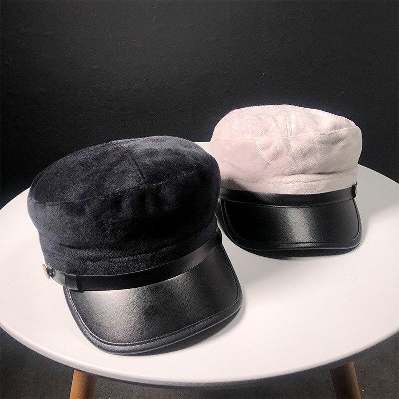 Chapéus do chapéu Boina Chapéus de Inverno Para As Mulheres Homens De Couro  De Brim De Aba De Malha Tampão de Osso Preto Do Sexo Feminino Do Vintage  Gorra ... 2fc82d5640c