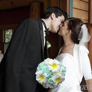 Image 2 - חדש הגעה מלאכותי הכלה ידיים מחזיק ורוד/שנהב/ירוק עלה פרח חתונת כלה זר