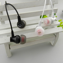 In-ear Wired metal Subwoofer Earphone Earphones Headset Smartphone With Mic for Android iPh handphone