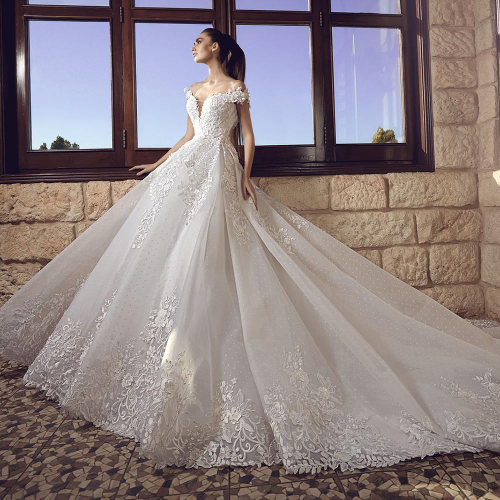 Luxury Backless Off The Shoulder Ball Gown Wedding Dresses