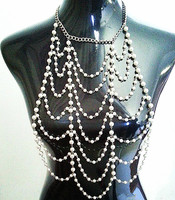 Overdreven multi layer pearl chain harness mesh ketting vrouwen sexy strand keten sieraden vrouwelijke bijoux