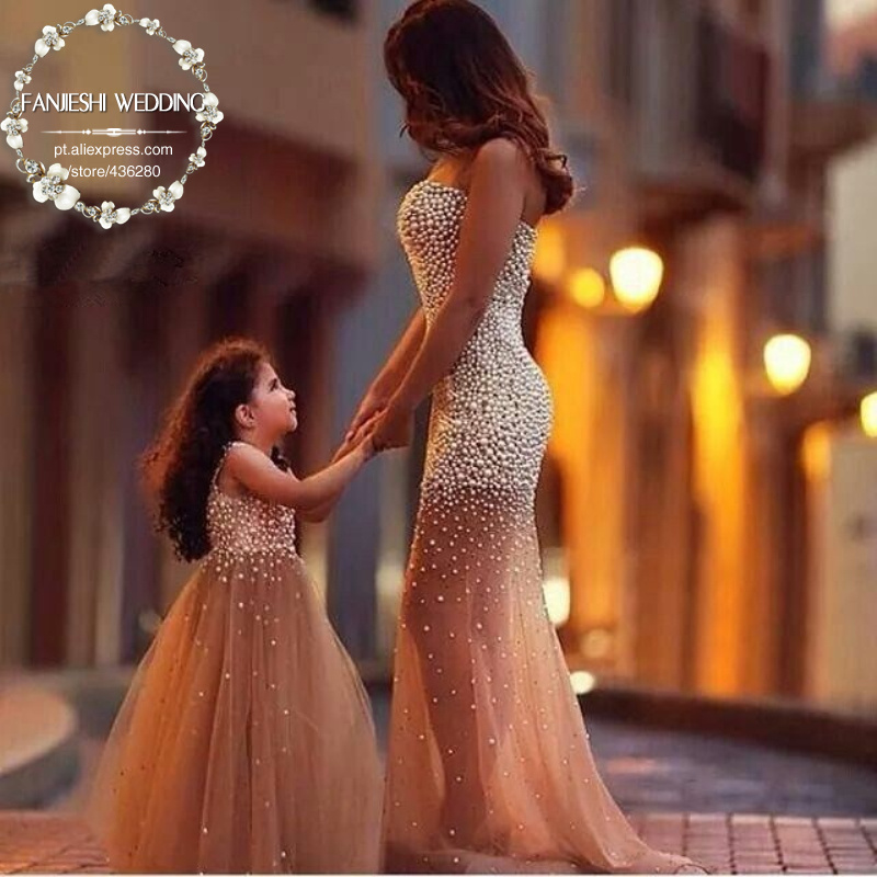 Hot Sale Family Fitted Pearls Beading Bodice Champagne Color Soft