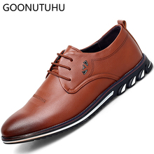 купить 2019 new fashion men's shoes casual leather lace up black brown shoe man flat sneaker breathable designer shoes for men hot sale по цене 2735.51 рублей