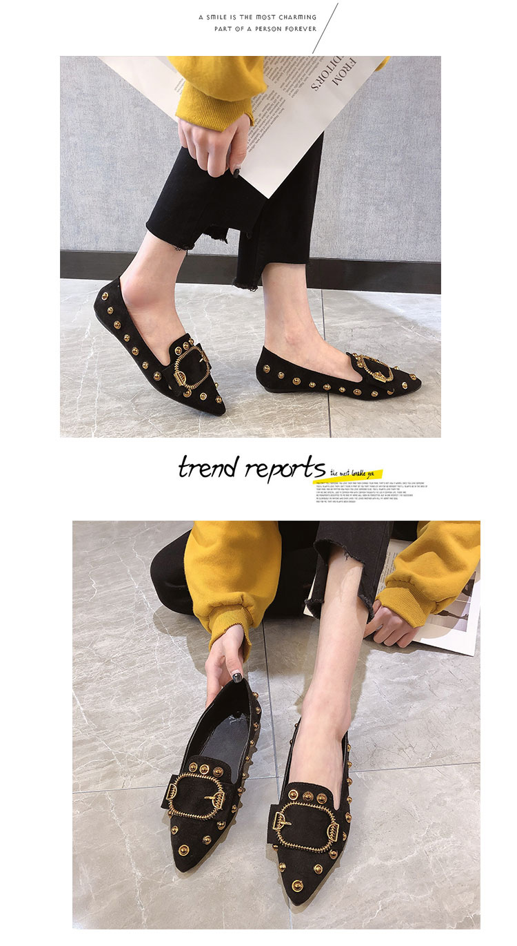 Women single shoes female Brand 2019 spring new pointed Ladies fashion wild rivets shallow mouth black high quality work shoe 11