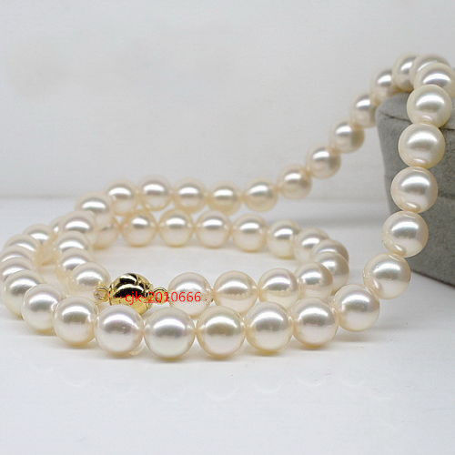 цена на Free Shipping >>round AAAAA Luster 189-10 mm REAL NATURAL south sea white pearl necklace