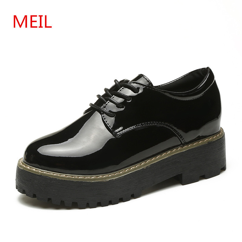 MEIL 2018 Platform Shoes Woman Thick Heels Oxford Shoes for women Patent Leather Creepers Casual Oxfords Spring Flat shoes Women ladies casual platform wedges oxford shoes for women metallic pu cut outs women high heels summer brogue oxfords shoes woman