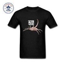 "Funny yet cool ""FREE HUGS"" Alien Scorpion t-shirt"