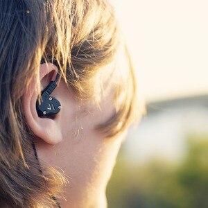 Image 5 - RevoNext QT2 Tripla Driver In Ear HIFI Staccabile Wired Auricolari Stereo del Trasduttore Auricolare con la Dinamica e Balanced Armature Ibrido Driver