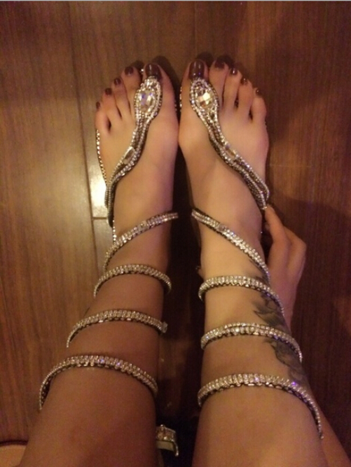 Self-Conscious Women Sandals 2015 Crystal Around Women Gladiator Sandal Women Boots 2015 New Arrive Snake Flat Women Summer Shoes Free Shipping Attractive Designs;