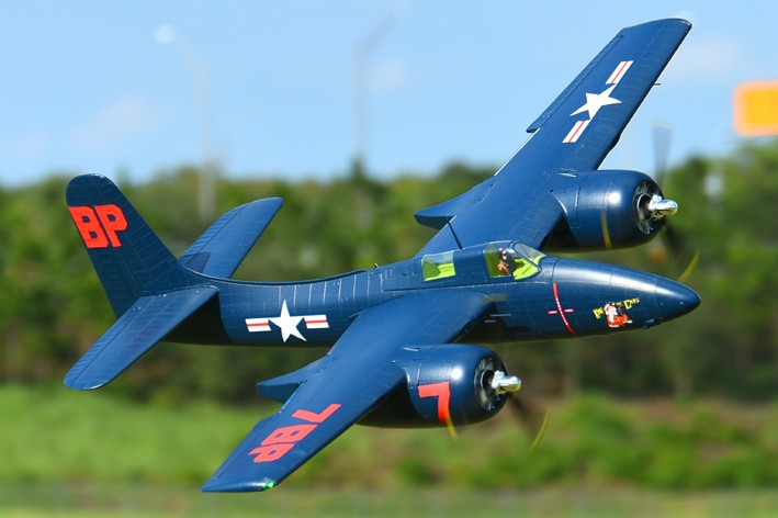 цена FMS RC Airplane 1700mm 1.7m F7F Tiger Cat Twin Engine Blue / Sliver PNP Big Scale Gaint Warbird Model Hobby Plane Aircraft