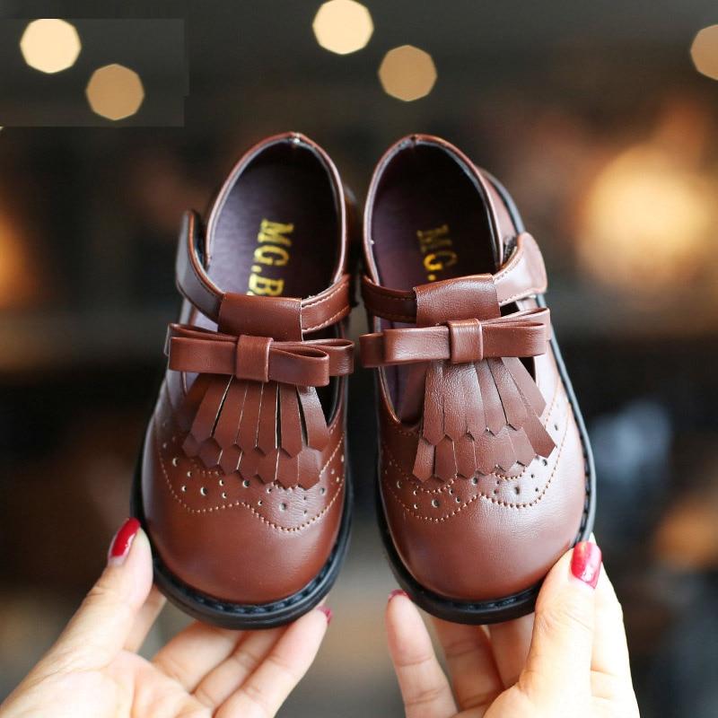 Nuovo 2019 Bambini Del Bambino Del Bambino Litte Ragazze Inghilterra Coreano T-a forma di Arco Principi Pattini di Vestito Per Le Ragazze Molla Nero scarpe di cuoioNuovo 2019 Bambini Del Bambino Del Bambino Litte Ragazze Inghilterra Coreano T-a forma di Arco Principi Pattini di Vestito Per Le Ragazze Molla Nero scarpe di cuoio