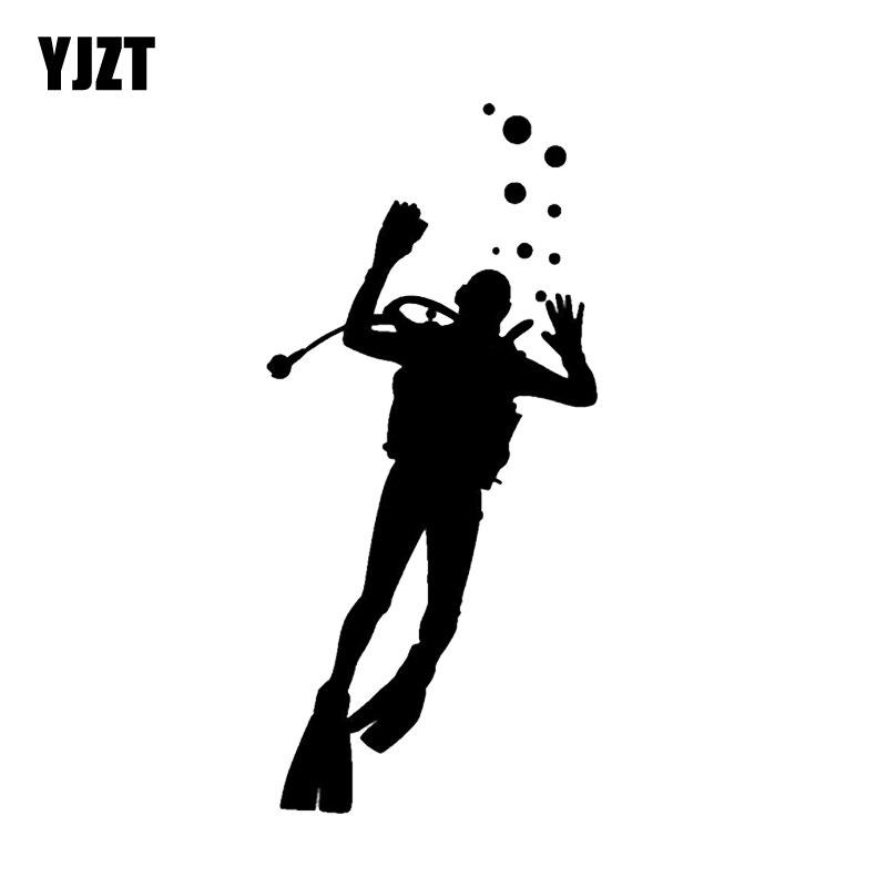 YJZT 7.4*15.9CM Interesting Carrying Oxygen Tanks Diver Car Sticker Vinyl Extreme Movement Decals Accessories C12-0702