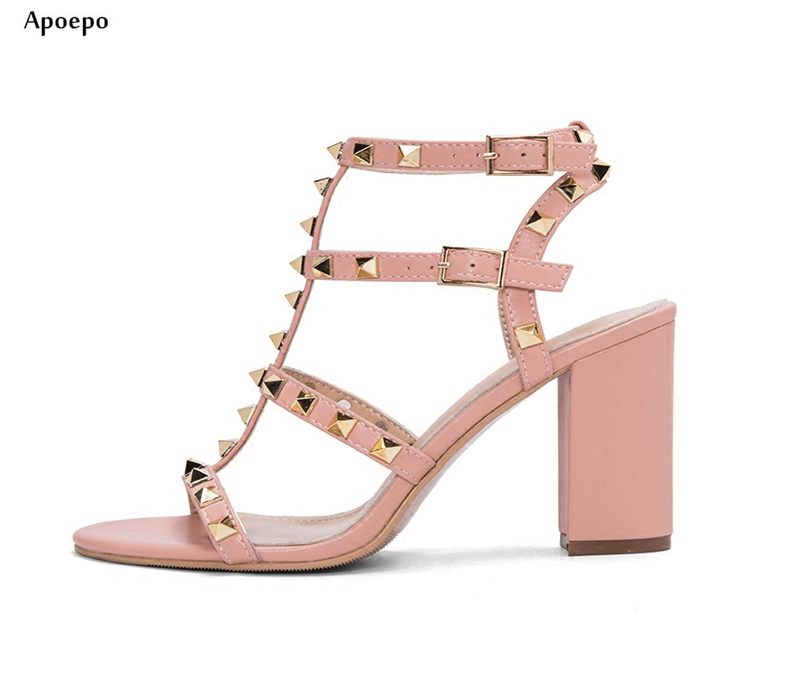 New Summer Fashion Thick Heels Woman Sandal 2018 Sexy Open Toe Rivets Studded Buckle Strap Shoes Cutouts Gladiator Sandal 2017 summer woman slipper white pearls beaded flat shoes sexy open toe cutouts gladiator sandal outside beach shoes flats