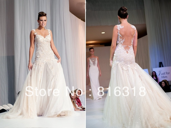 Backless lace tulle wedding dress