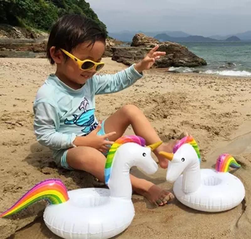 inflatable unicorn (10)