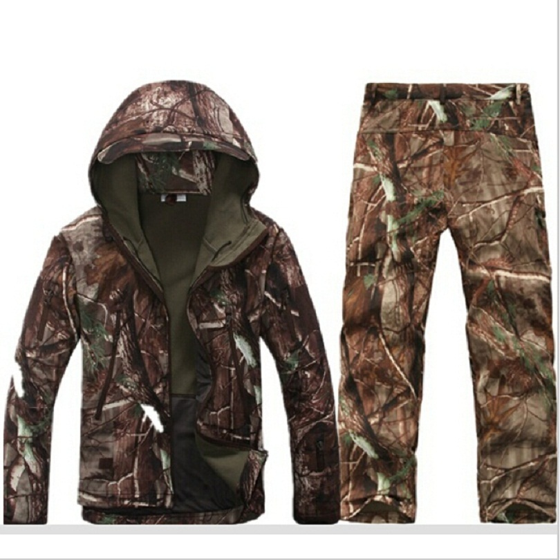Tactical Softshell Hunting Sets Mens Winter outdoor Sport Waterproof Breathable Hunting Fishing Bionic camouflage Jackets pants