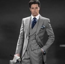 New Arrival Gray men Suits Slim Fit one Button Groom Tuxedos formal occasion fashion Designer Men Wedding Suits three-piece