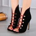 Negro zapatos de tacones Altos sexy banquete nupcial banda Elástica zapatos del remache de Las Mujeres con tacones hebilla roja bombea los zapatos para mujeres