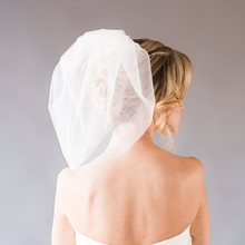 Double Layered Short Bubble Veil Custom Colors Bridal Veil With Metal Combs Hot Sale Cheap Wedding Accessories 2016 New