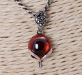 WOMEN'S ELEGANT LITTLE FOX RED GARNET PENDANT NECKLACE 925 STERLING SILVER