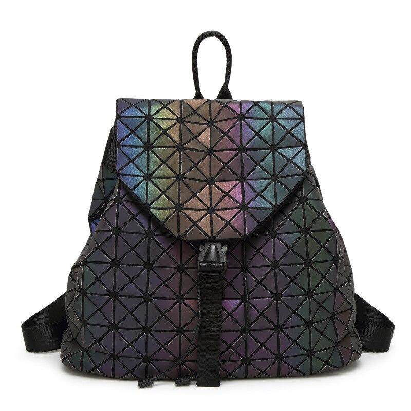 Neue Frauen Leucht Rucksäcke Weibliche Mode Mädchen Täglichen Rucksack Geometrie Paket Pailletten Falten Taschen Schule Taschen
