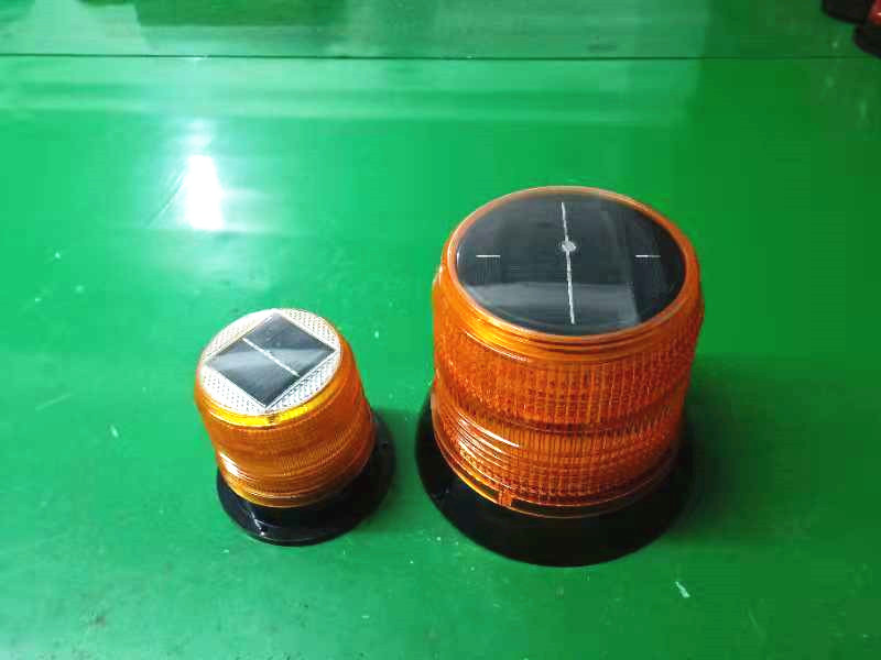 Larger LED Solar Waterproof Flash Warning Light Ceiling Strobe Light  With Strong Magnetic Traffic Lighthouse Road Beacon Light