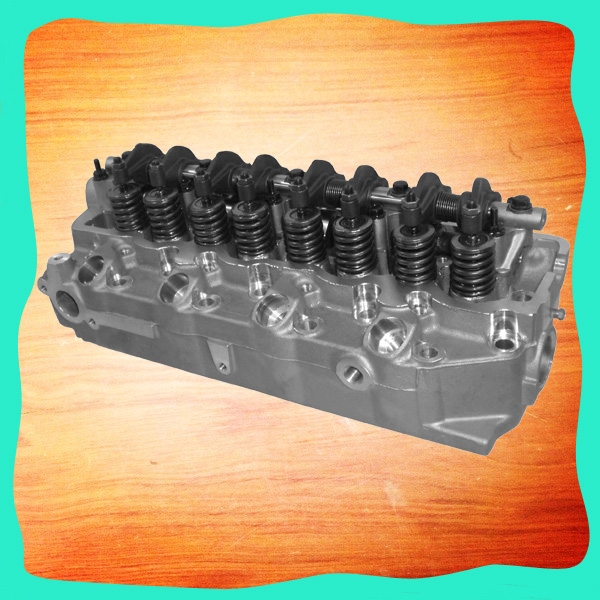 4D56 Cylinder Head Assembly MD185920 MD185926 MD109736 for Mitsubishi MONTERO PAJERO L300 CANTER