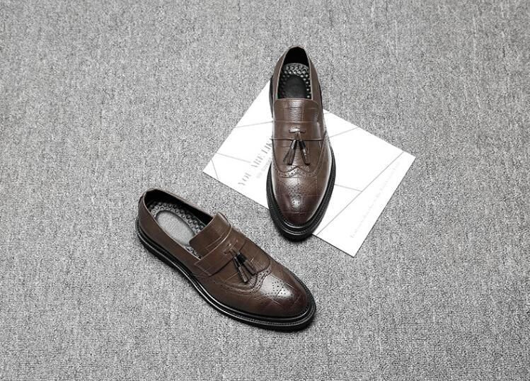 En Borlas on Tallado Pic Pisos Nuevos Tallada Gradiente Brogue De Zapatos Spring Vendimia Smart As Slip Hombres Punta Bullock Vestido Casual marrón STdy7dwq