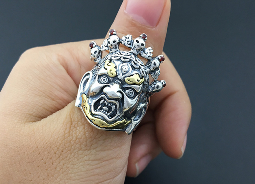 1bcf55604c53 925 sterling silver Thao Vetsuwan punk rock skull ring silver 925 jewelry  ring men gothic anillo hombre antique trendy rings-in Rings from Jewelry .