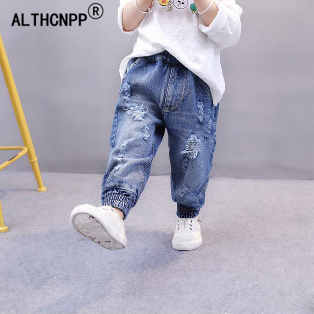 abeef286cfae156 Fashion Broken Hole Kids Jeans For Girls Boys Children Broken Hole Pants  Ripped Jeans For Kids