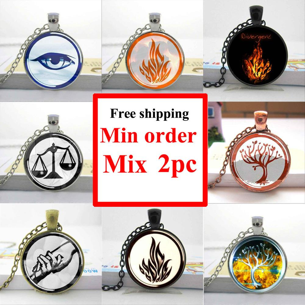 2016 round glass necklace Divergent Inspired Peacock Colored Insurgent art picture glass pendant necklace HZ1 image