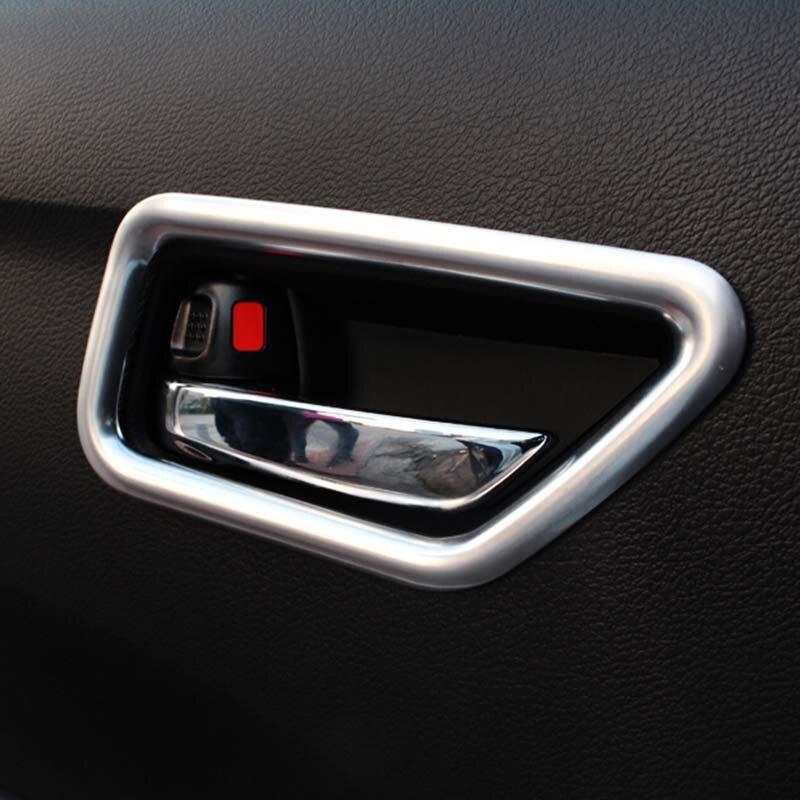 Prix pour 4 PCS De Voiture ABS Chrome intérieur Poignée De Porte Bol Cadre Cover Version Pour LHD Suzuki Vitara 2015 2016