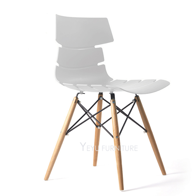 Modern Design Plastic And Solid Wood Dining Chair, Colorful Wooden Leg Cafe  Chair, Dining