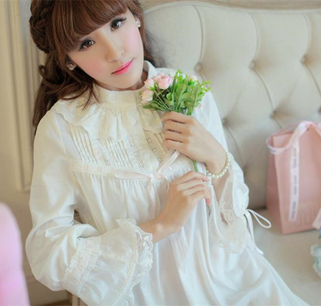 Sleepwear Princesa Camisola de Alta Qualidade Camisola de Algodão longo-manga Longa camisola de Outono Inverno Bedgown Design Retro
