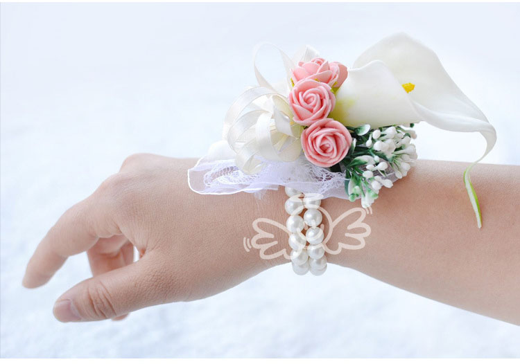 white wedding wrist corsage boutonnieres roses  (10)