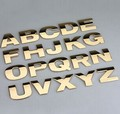 5 unids/lote 3D Del Coche de Metal Pegatinas de Letras del coche Insignia de la A a la Z y 0 a 9 Números de color 3 para la opción de alta calidad emblema car styling