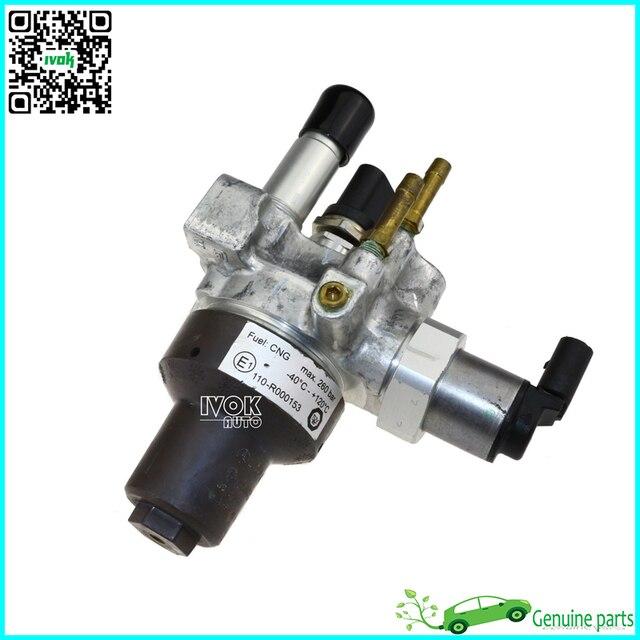 Buy original fuel pressure regulator for Mercedes benz fuel pressure regulator