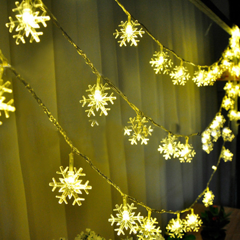 Quadruple 20LEDS Snowflake LED String Lights Christmas Holiday Lighting for the Curtain or Party Decoration Power by Battery