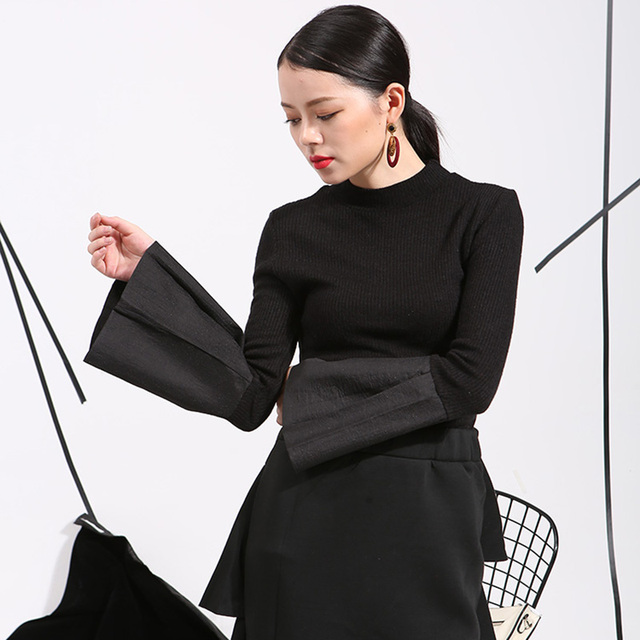 2017 Europe Street beat paragraph Bubble wide sleeve sweater Slim woman fashion clothes free shipping-T000121