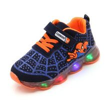 Cartoon Fashion Spider man Kids Shoes with Light Air Mesh Children Luminous Sneakers Boy Girl Led Light Sport Shoes Size 21-30