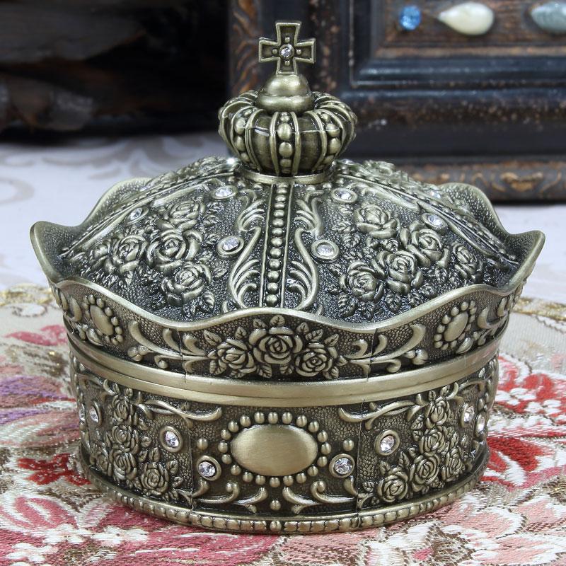 Metal European antique royal crown jewellery box, creative diamond stud necklace, rose jewelry box, Princess gift box