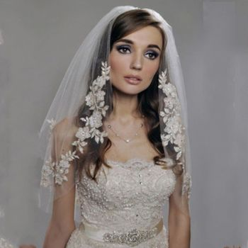 2 Tier Double Layer Womens Elbow Length Wedding Veil Silver Thread Faux Pearl Embroidered Floral Lace Trim Bridal Veil With Comb Bridal Veils