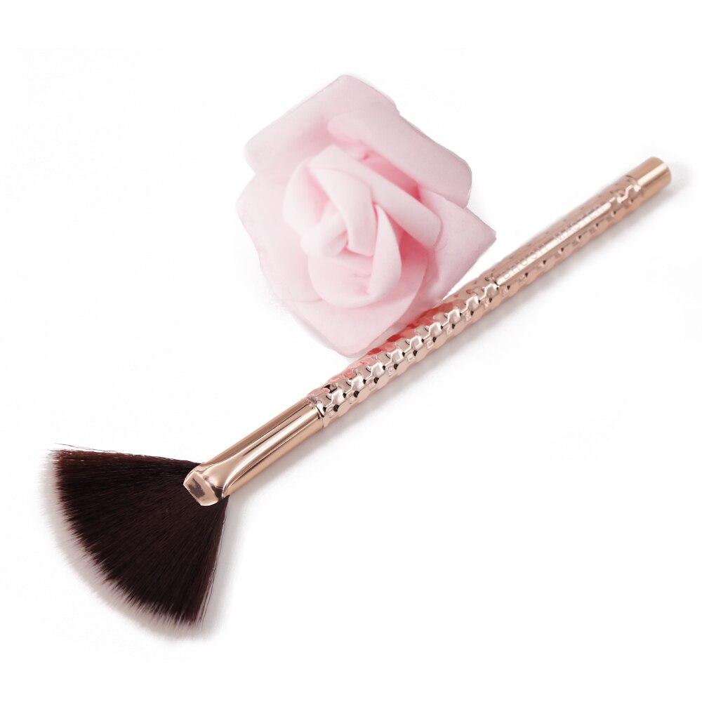 Brush Master Professional Fan Brush Powder Foundation Blush Face Makeup Tool BM-D61