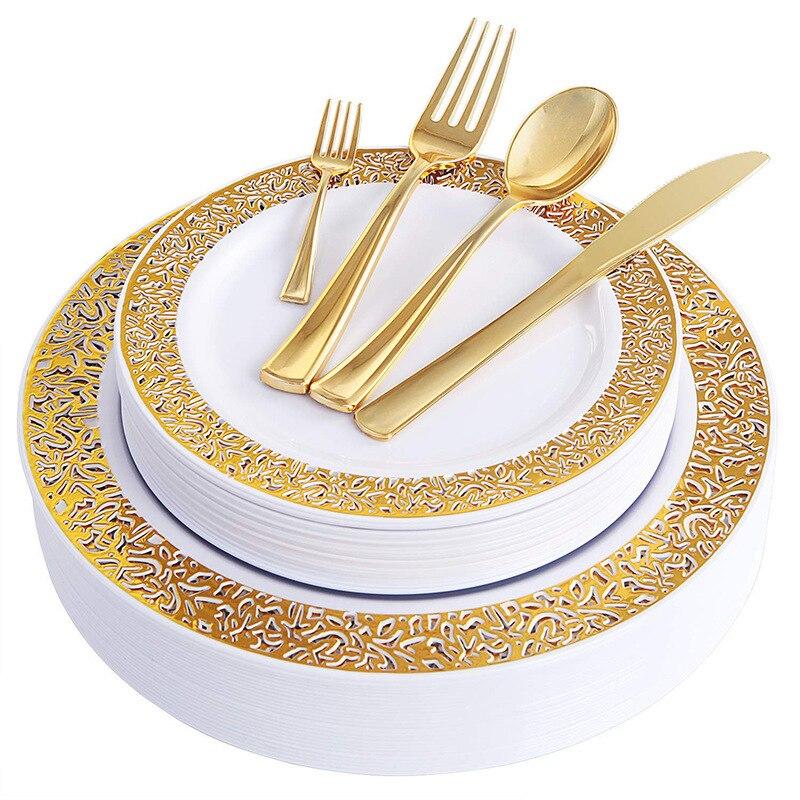 150 pcs Gold Plastic Platen met Wegwerp Plastic Zilverwerk, Kant Ontwerp Wedding Party Plastic Servies Sets voor alle Vakanties-in Wegwerpfeestservies van Huis & Tuin op  Groep 1