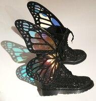 Новинка весны Женские сапоги до середины икры Обувь на среднем каблуке Лазерная симфония крыло бабочки на шнуровке обувь с блестками Повсе