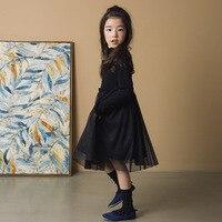 Invierno Niñas manga larga vestido clásico negro puro borde ondulado mosaico malla gruesa caliente vestido de terciopelo.