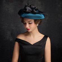 El nuevo sombrero Primavera Verano Europa y América adultos sombrero  Headwear nupcial Linen pluma sombreros accesorios de boda 4035a4b79e53