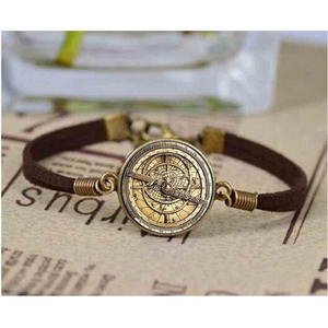 Steampunk Drama cartoon Mysteries BILL CIPHER WHEEL bracelet glass doctor who 1pcs/lot Glass mens astrolabe womens Bangle(China)